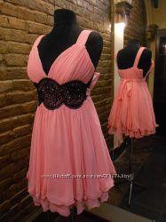 Неймовірно легка та ніжна сукня з декоративним поясом