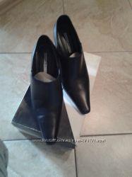 жіноче взуття б, у