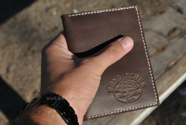 Кожаная обложка для прав. Обложка для документов. Кожаный кошелёк. Портмоне.