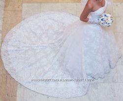 Продам оригинальное кружевное свадебное платье