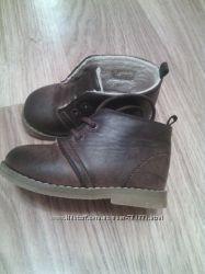H&M, стильные ботиночки для малышей, р. 20-21
