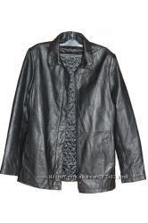 Куртка  женская  черного цвета, кожаная
