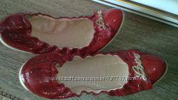 Шикарные лаковые балетки Love Moschino, 38 размер.
