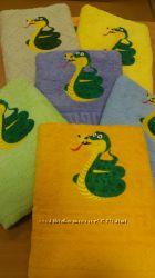Детское махровое полотенце Змея