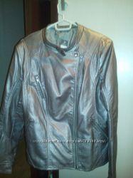 новая стильная куртка C&A  р. 48 цвет серебро с кофе