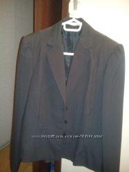 продам новый стильный женский легкий пиджак 2BIZ р. 48-50 тонкая полоска