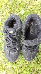кроссовки SKECHERS утеплённые черные р38 по стельке 24см.