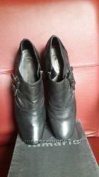 Туфли ботильены Tamaris р38 по стельке 24, 5 см