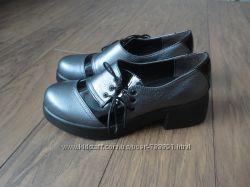 Туфли из натуральной кожи серые
