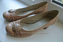 Туфли кожаные Roberto Santi, р. 39, 25. 5см, в новом сост.