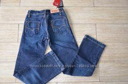 джинсы Levis женские 138 см. 150 см. новые