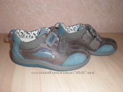 Кроссовки, туфли  Clarks р. 22