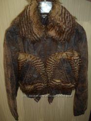куртка из кожзама c искусст. мехом, р. S