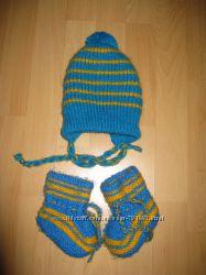 Теплый наборчик шапка и пинетки