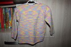 продам вязанную шерстяную кофту для девочки