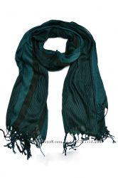 Изумрудный шарф в полоску