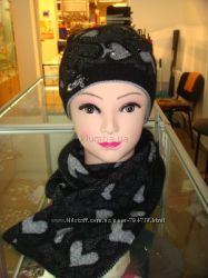 Теплый красивый комплект шапка, шарф. ангора
