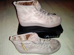 . Зимние ботинки ,  Материал - эко замш, иск.