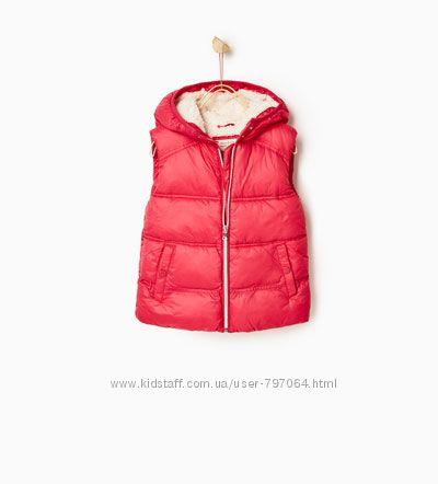 Теплая жилетка Zara для девочек 3-4 года