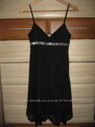 Красиве вечірнє плаття, розмір 36