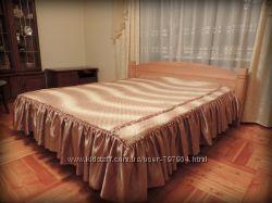 Кровать двухместная из дерева