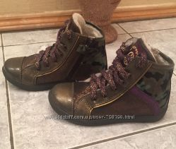 Крутые зимние ботинки на овчине Garvalin 28 размер