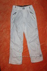 Лыжные зимние фирменные штаны полукомбинезон рост 152-158см