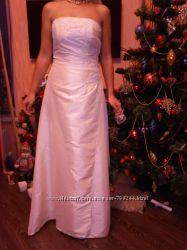 Красивое свадебное платье можно для венчания или выпускного размер 44-46