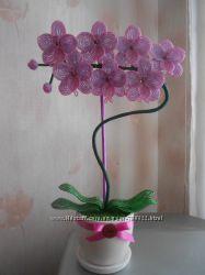 Орхидея из бисера ручной работы