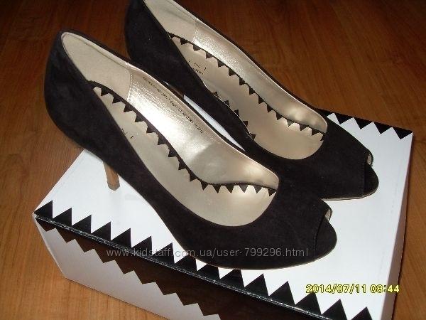 шикарные туфли р. 40