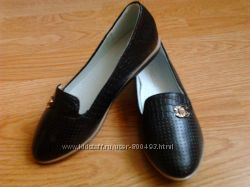 Красивые черные туфли на девочку 29 раз 19см по стельке