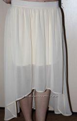 Шифоновая асимметричная юбка молочного цвета