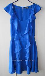 Платье с рюшами Warehouse
