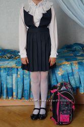 Новый школьный фирменный сарафан для девочки синий, черный. 34-40, рост134-