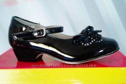 Нарядные туфли черные для девочки, новые, 25 размер
