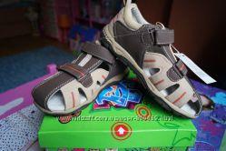 Босоножки для мальчика, бежево-коричневые, новые, 28, 31, 32 размер