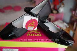 Туфли для девочки новые чёрные размеры 31, 32, 34, 35, 36