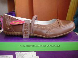 Туфли для девочки светло-коричневые новые 38, 39 размер