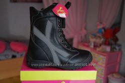 Ботинки для мальчика и девочки зимние, черные, новые р. 26, 27, 28, 29, 30,