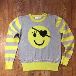 Оригинальный брендовый свитерок в идеальном состоянии