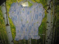 Красивейшая блуза на девочку 6-8 лет состояние новой