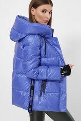 Короткая приталенная куртка. Отличного качества