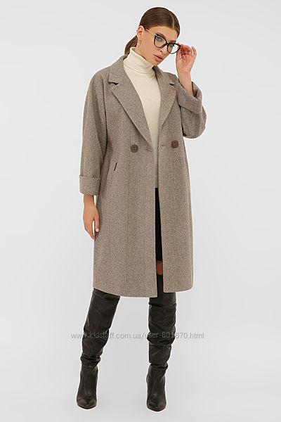 Пальто прямого силуэта. Высокого качества