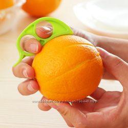 Для очистки апельсина от кожуры