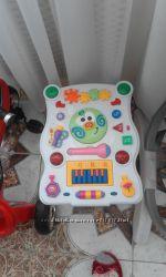 Продам детский игровой столик