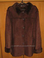 Классная демисезонная куртка M&Co из искусственного меха