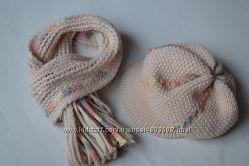 Светло-бежевый комплект из шарфа и берета