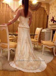 Цена снижена продам роскошное свадебное платье, , S-M