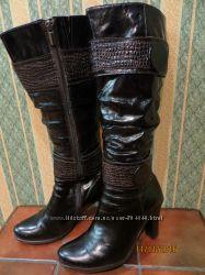 Сапоги зимние женские р. 36 кожа лакированая на цигейке на каблуке