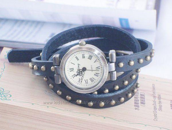 Женские часы на длинном ремешке в стиле Ретро